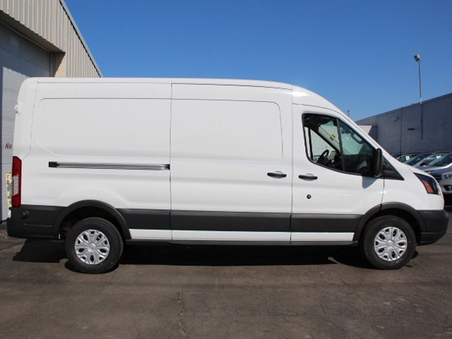 2018 Transit 250 Med Roof, Cargo Van #180803TZ - photo 9