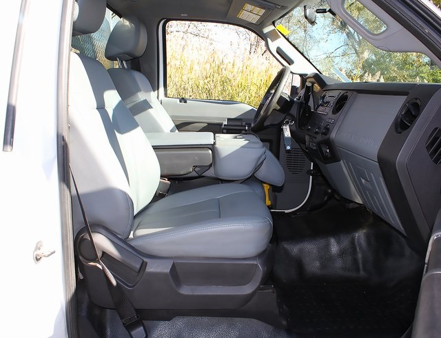 2012 F-550 Regular Cab DRW 4x4,  Landscape Dump #181052TZA - photo 23