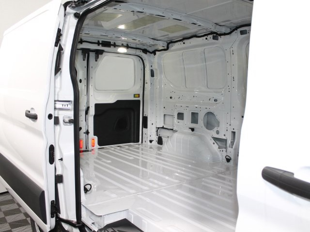 2018 Transit 150 Low Roof 4x2,  Empty Cargo Van #181138TZ - photo 18