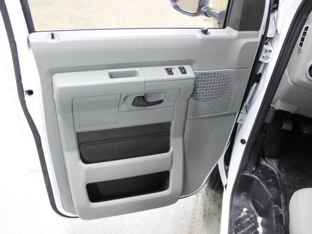2018 E-350, Unicell Cutaway Van #181174TZ - photo 14