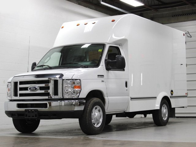 2018 E-350, Unicell Cutaway Van #181174TZ - photo 3