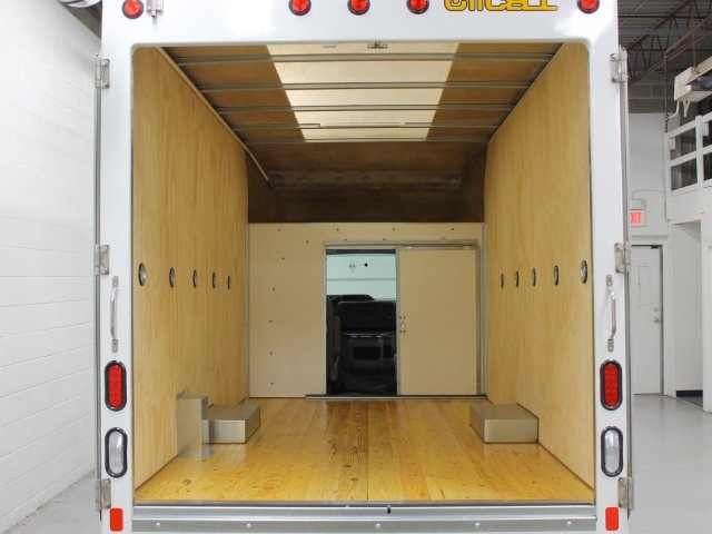 2018 E-350, Unicell Cutaway Van #181174TZ - photo 22