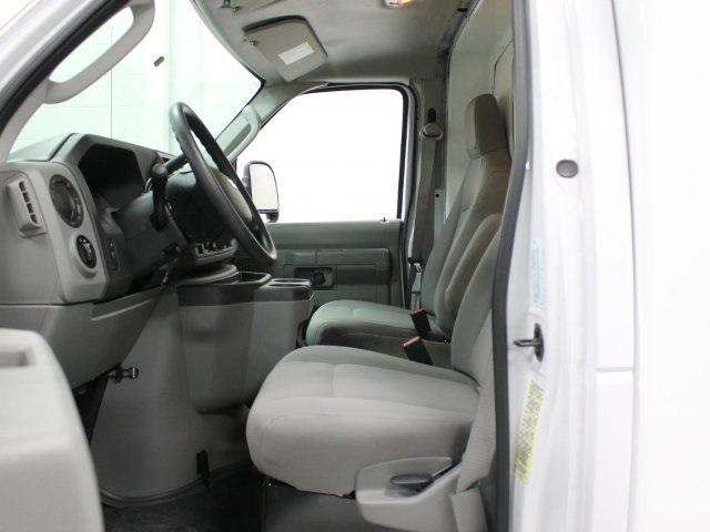 2018 E-350, Unicell Cutaway Van #181174TZ - photo 6