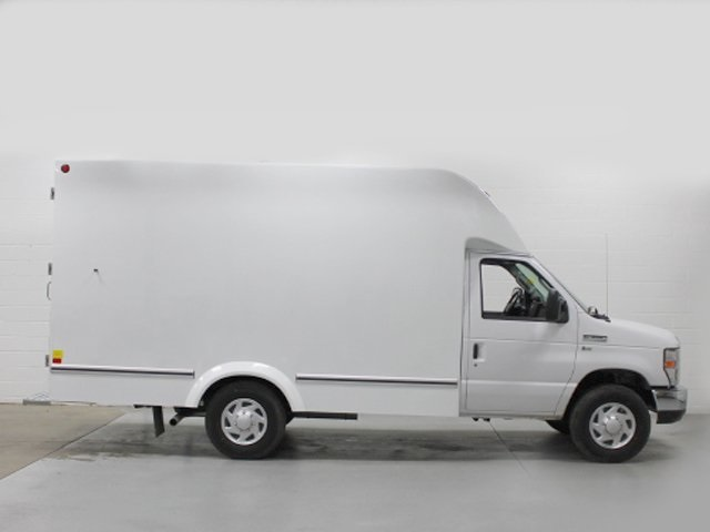 2018 E-350, Unicell Cutaway Van #181174TZ - photo 9