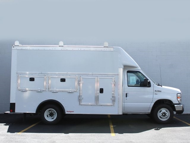 2018 E-350 4x2,  Rockport Service Utility Van #181748TZ - photo 2
