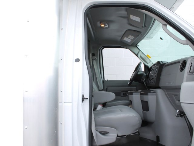 2019 E-450 4x2,  Rockport Cutaway Van #190013TZ - photo 24