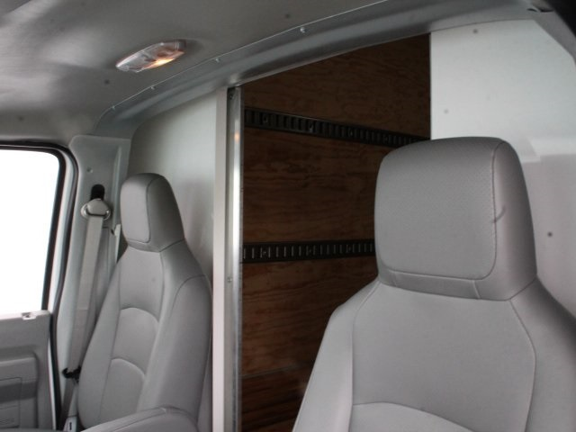2019 E-450 4x2,  Rockport Cutaway Van #190013TZ - photo 8