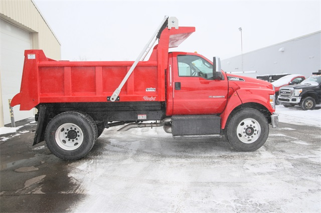 2019 F-650 Regular Cab DRW 4x2,  Rugby Dump Body #190355TZ - photo 2