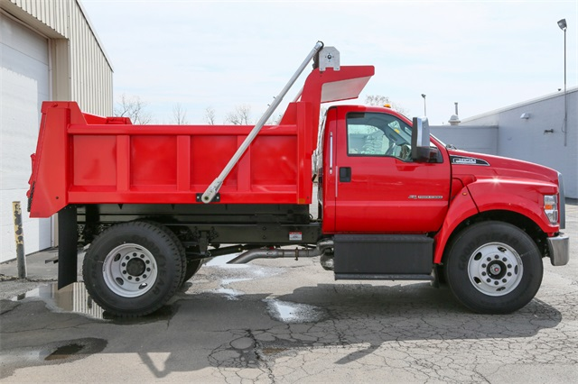 2019 F-650 Regular Cab DRW 4x2,  Rugby Titan Dump Body #190357TZ - photo 2