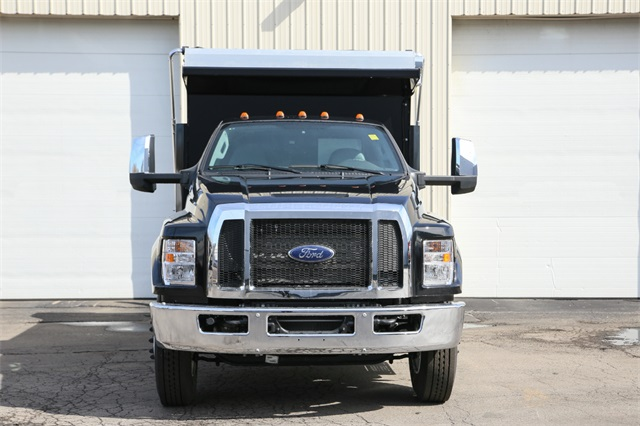 2019 F-650 Regular Cab DRW 4x2,  Rugby Titan Dump Body #190386TZ - photo 3