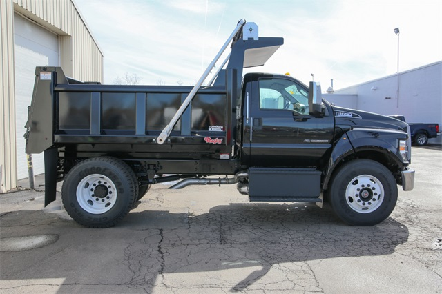 2019 F-650 Regular Cab DRW 4x2,  Rugby Titan Dump Body #190386TZ - photo 2