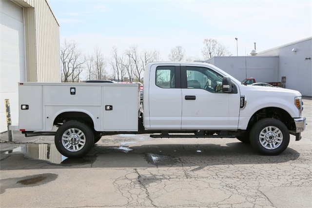2019 F-350 Super Cab 4x4,  Knapheide Service Body #190517TZ - photo 2