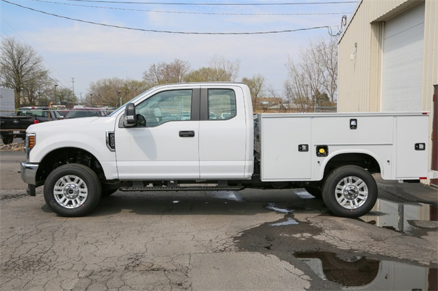 2019 F-350 Super Cab 4x4,  Knapheide Service Body #190517TZ - photo 5
