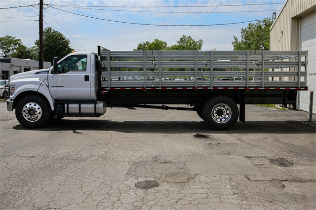 2019 F-650 Regular Cab DRW 4x2,  Morgan Stake Bed #190857TZ - photo 4