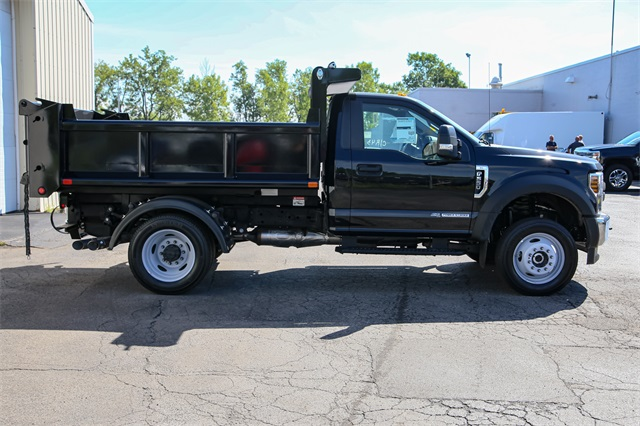 2019 F-550 Regular Cab DRW 4x4,  Dump Body #191046TZ - photo 1