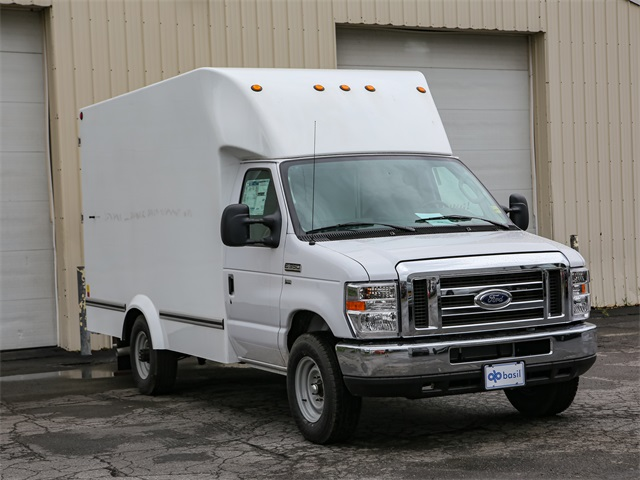 2019 E-350 4x2,  Unicell Cutaway Van #191047TZ - photo 1