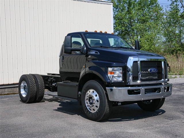 2019 Ford F-650 Regular Cab DRW 4x2, Cab Chassis #191339TZ - photo 1