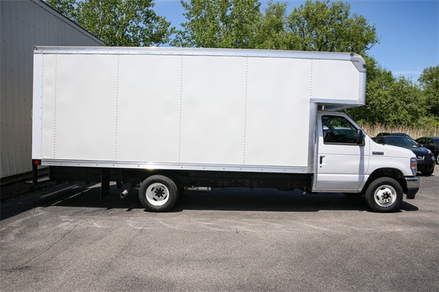 2021 Ford E-450 4x2, Rockport Cutaway Van #210006TZ - photo 1