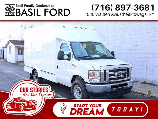 2021 Ford E-350 4x2, Unicell Cutaway Van #210043TZ - photo 1
