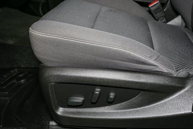 2018 Chevrolet Silverado 1500 Crew Cab 4x4, Pickup #P5777 - photo 28