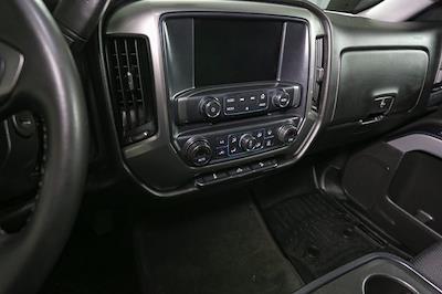 2018 Chevrolet Silverado 1500 Crew Cab 4x4, Pickup #P5777 - photo 3