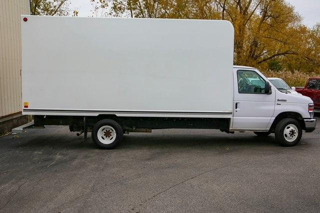 2018 E-450 4x2,  Unicell Cutaway Van #R3650 - photo 1