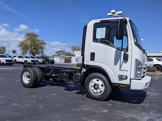 2021 LCF 3500 4x2,  Cab Chassis #216323 - photo 3