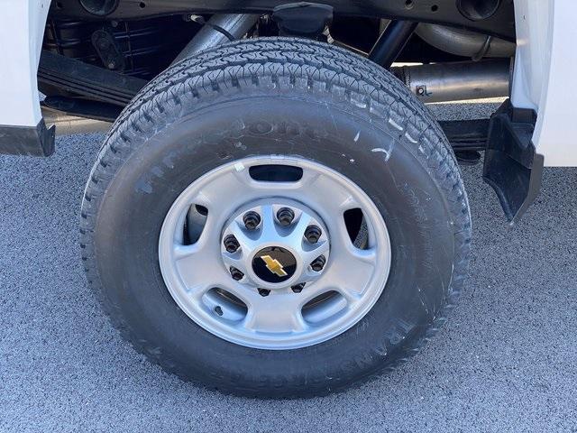 2019 Silverado 2500 Double Cab 4x4, BOSS Snowplow Pickup #48075 - photo 11