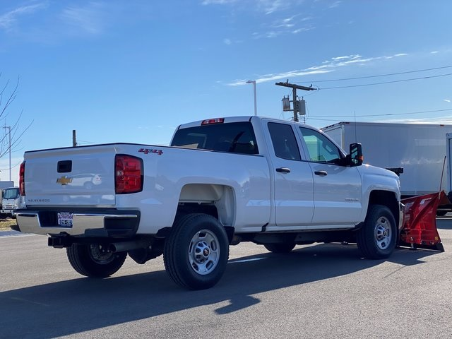 2019 Silverado 2500 Double Cab 4x4, BOSS Snowplow Pickup #48075 - photo 3