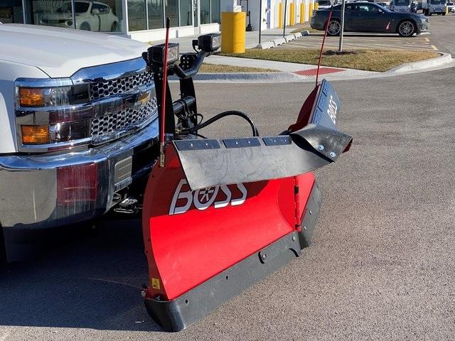 2019 Silverado 2500 Double Cab 4x4, BOSS Snowplow Pickup #48075 - photo 9