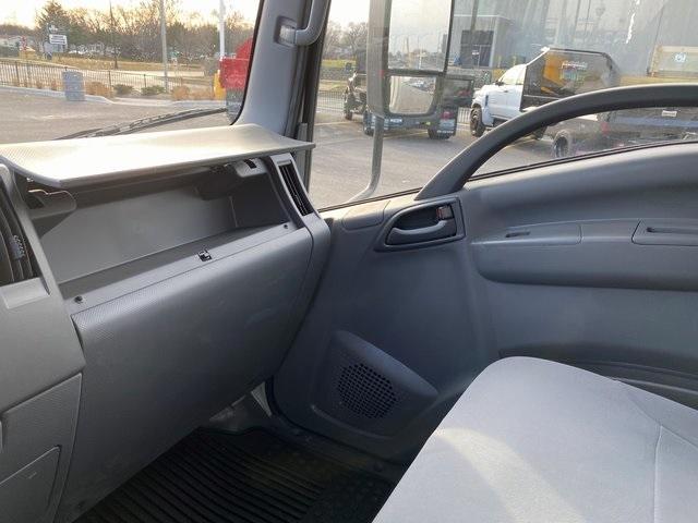 2020 LCF 4500XD Regular Cab 4x2, Supreme Signature Van Dry Freight #48132 - photo 22
