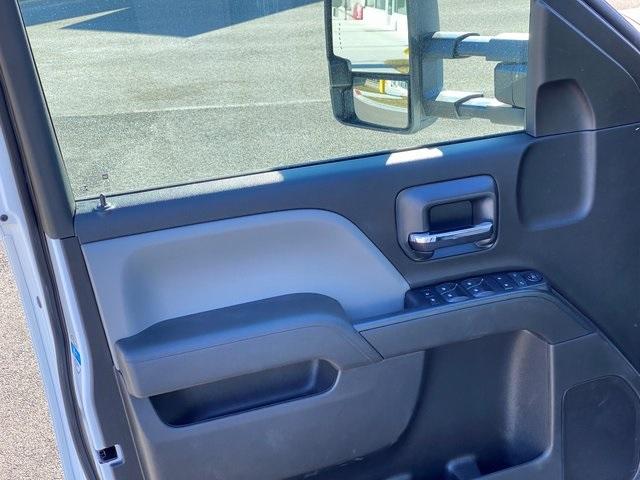 2019 Silverado 2500 Double Cab 4x2, Knapheide Steel Service Body #48188 - photo 18