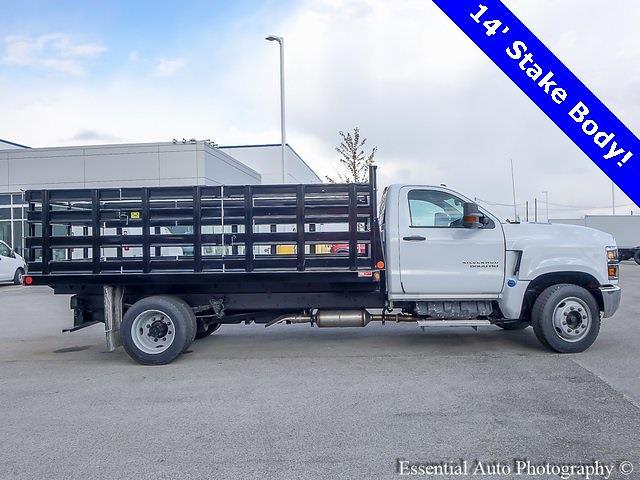 2020 Chevrolet Silverado 5500 Regular Cab DRW 4x2, Monroe Stake Bed #49817 - photo 1