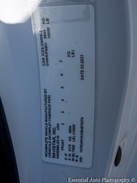 2021 Silverado 5500 Regular Cab DRW 4x2,  Monroe Truck Equipment Versa-Line Stake Body Stake Bed #51128 - photo 22