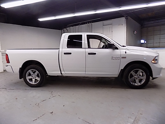 2014 Ram 1500 Quad Cab 4x4, Pickup #1704265J - photo 3