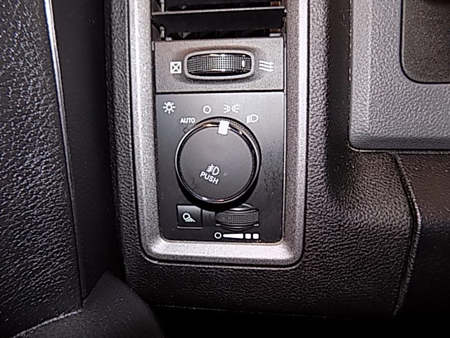 2014 Ram 1500 Crew Cab 4x4, Pickup #1704265K - photo 11