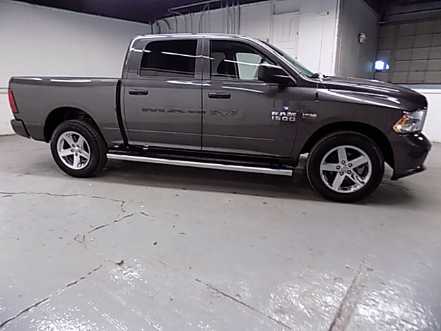 2014 Ram 1500 Crew Cab 4x4, Pickup #1705045D - photo 3