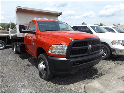 2016 Ram 3500 Regular Cab DRW 4x4,  Dump Body #GG132292 - photo 3