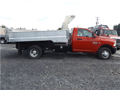 2016 Ram 3500 Regular Cab DRW 4x4,  Dump Body #GG132292 - photo 4