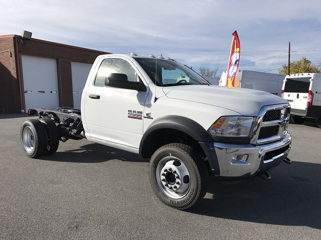 2016 Ram 5500 Regular Cab DRW 4x4, Cab Chassis #GG375740 - photo 12