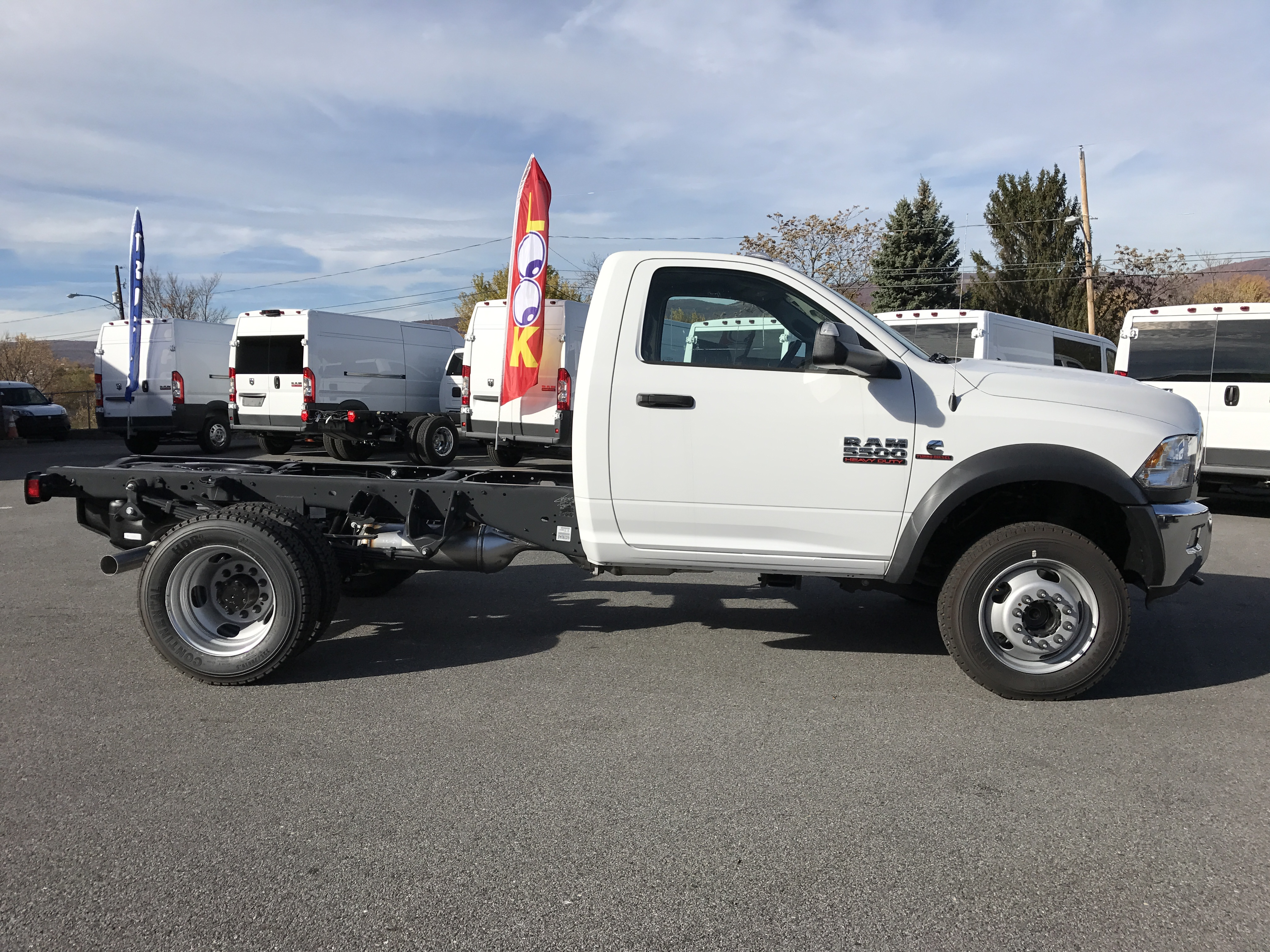 2016 Ram 5500 Regular Cab DRW 4x4, Cab Chassis #GG375740 - photo 3
