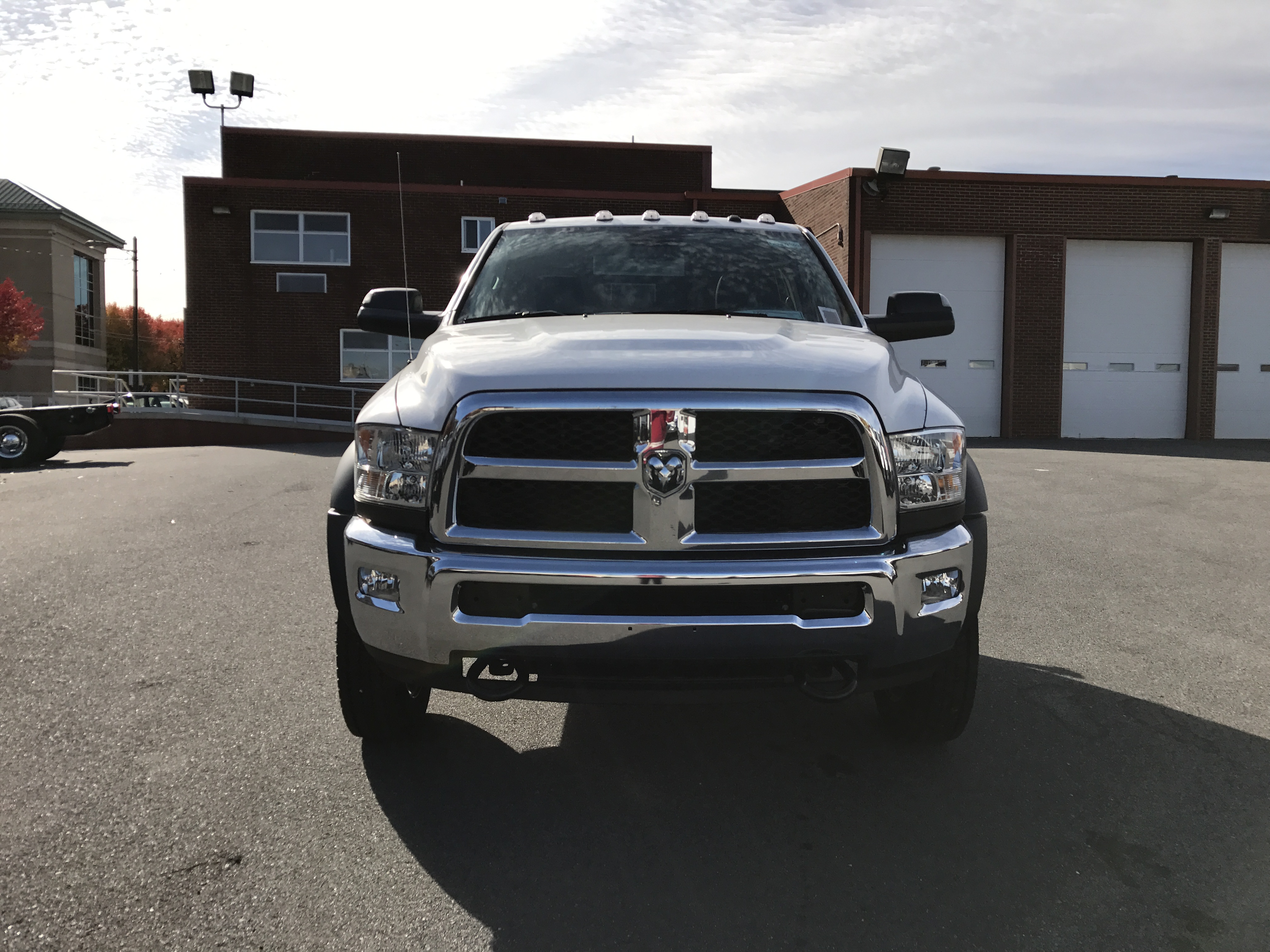 2016 Ram 5500 Regular Cab DRW 4x4, Cab Chassis #GG381484 - photo 11