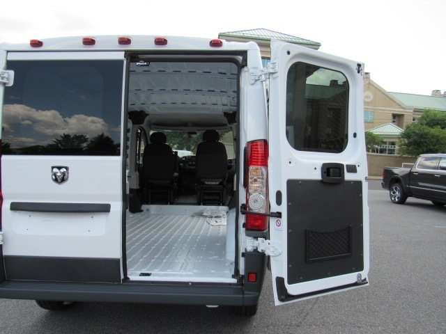2017 ProMaster 1500 Low Roof FWD,  Empty Cargo Van #HE539091 - photo 24