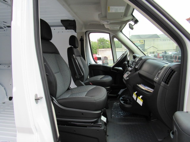 2017 ProMaster 1500 Low Roof FWD,  Empty Cargo Van #HE539091 - photo 11