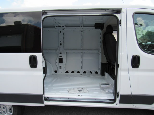 2017 ProMaster 1500 Low Roof FWD,  Empty Cargo Van #HE539091 - photo 10