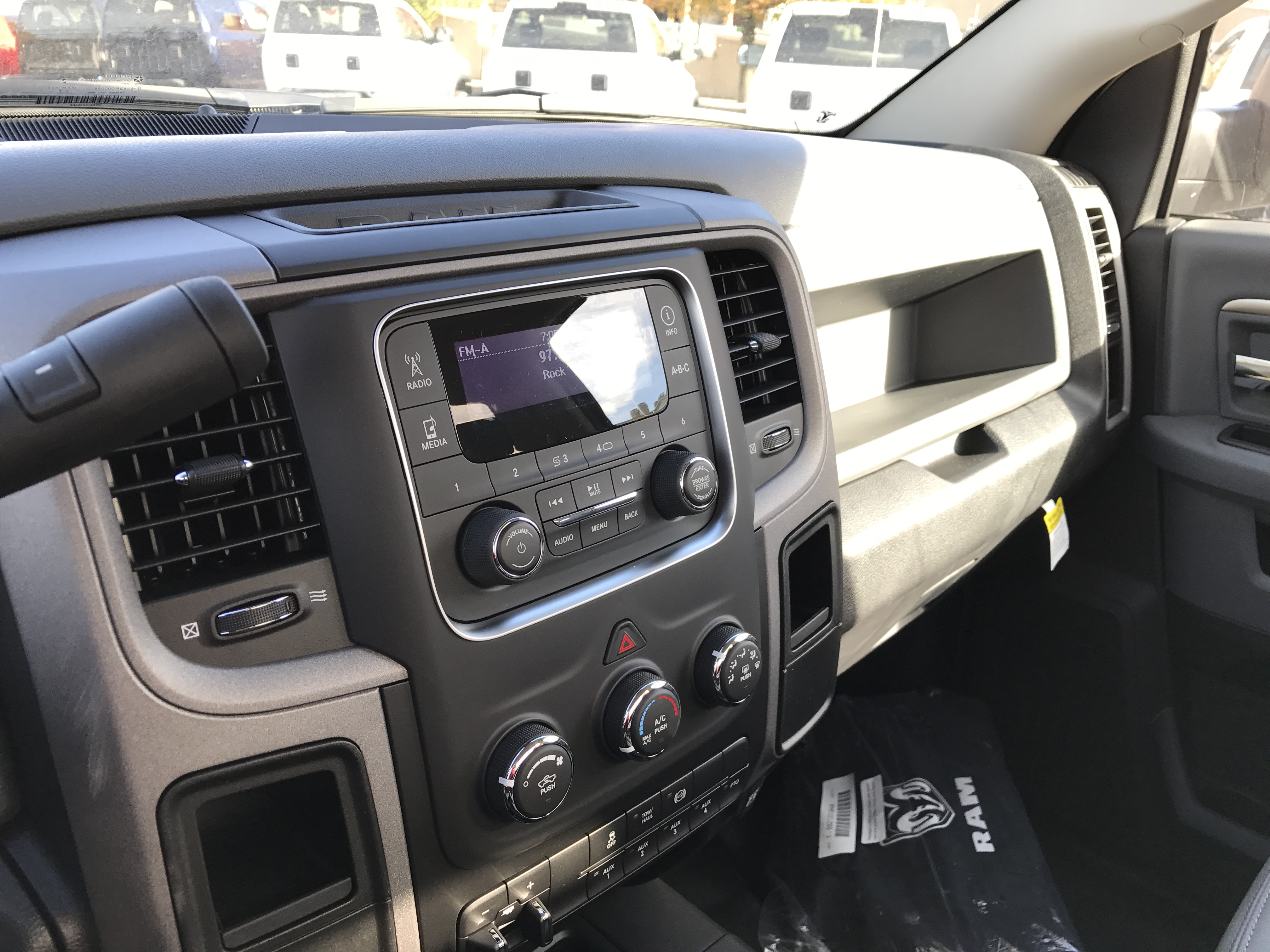 2017 Ram 5500 Regular Cab DRW 4x4, Cab Chassis #HG504237 - photo 8