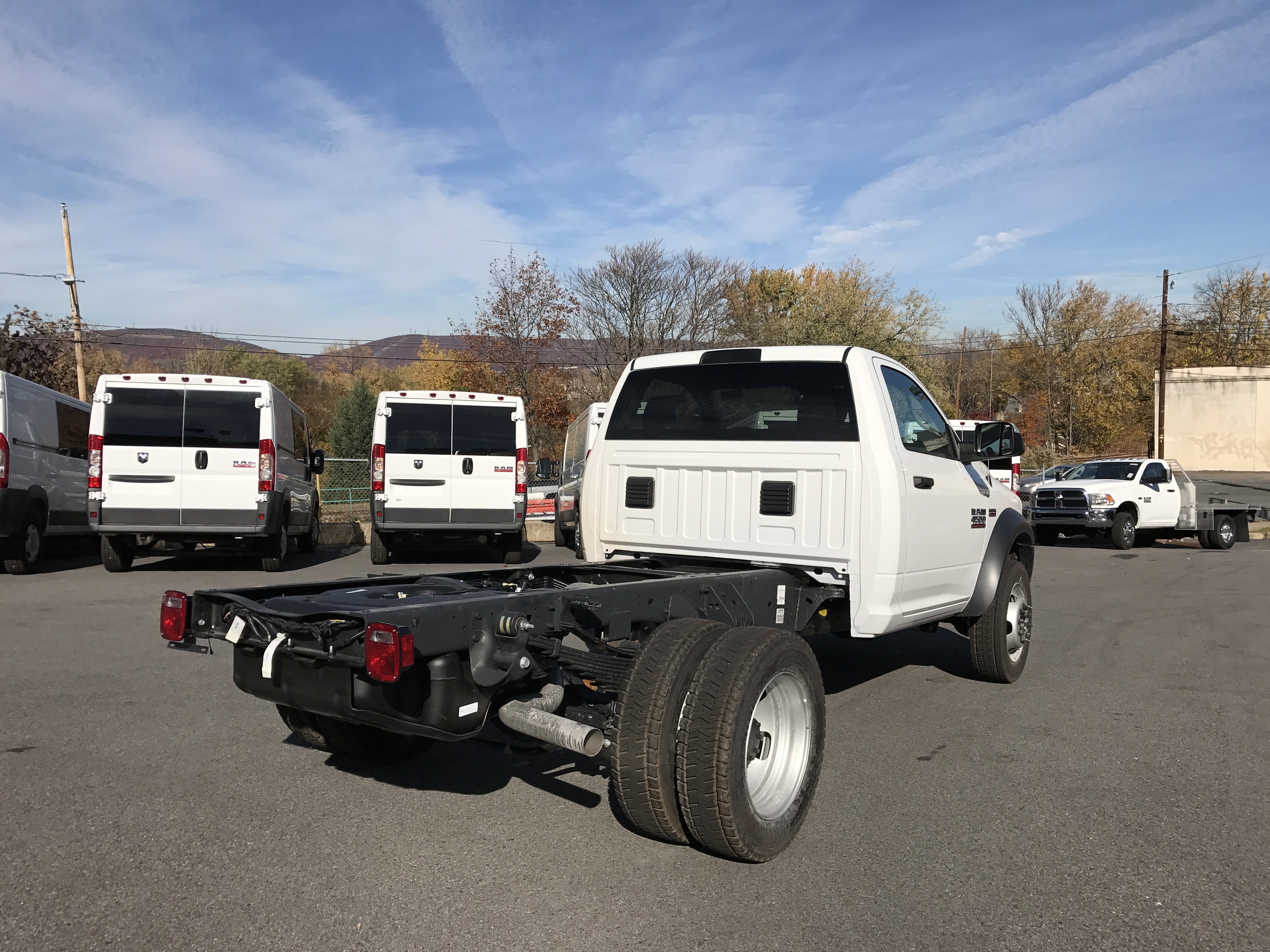 2017 Ram 4500 Regular Cab DRW 4x4, Cab Chassis #HG504539 - photo 4