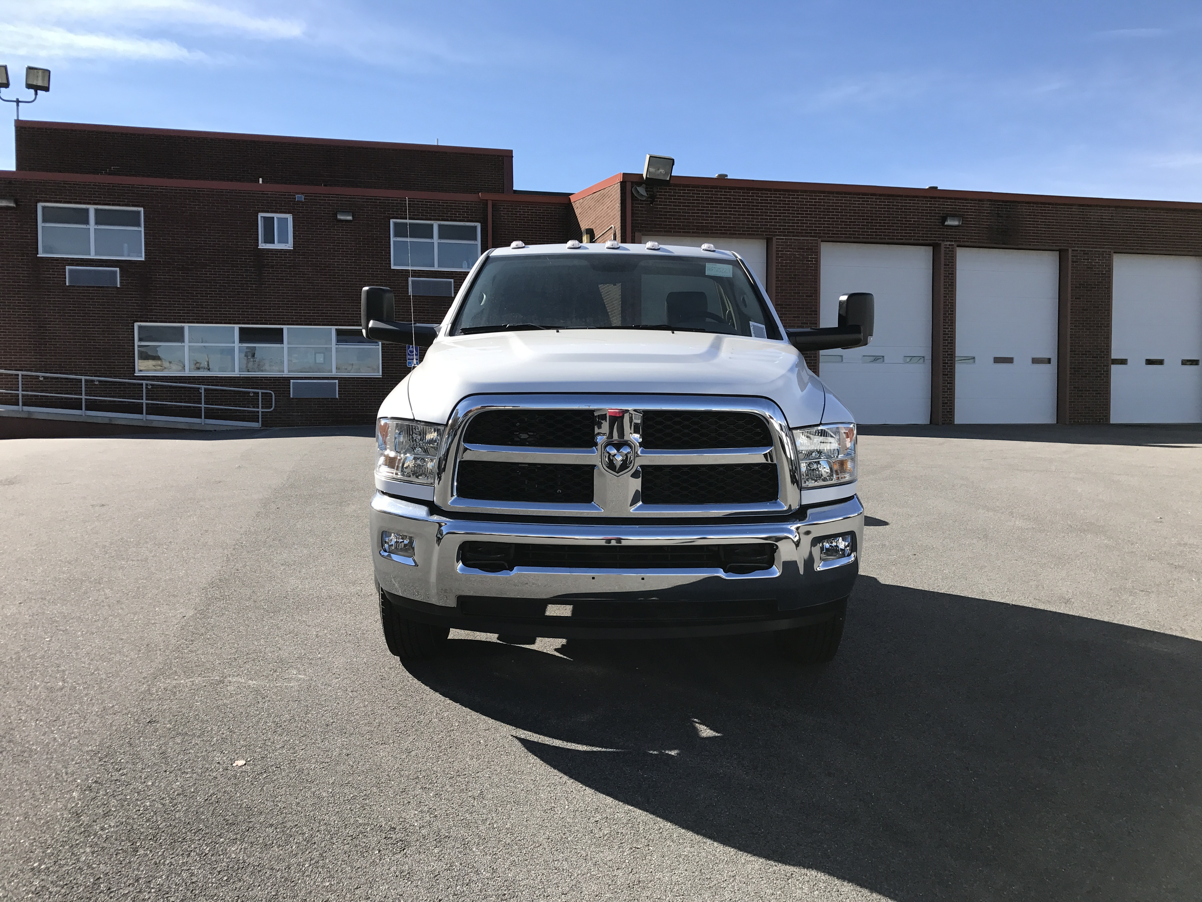 2017 Ram 3500 Regular Cab DRW 4x4, Cab Chassis #HG515177 - photo 11