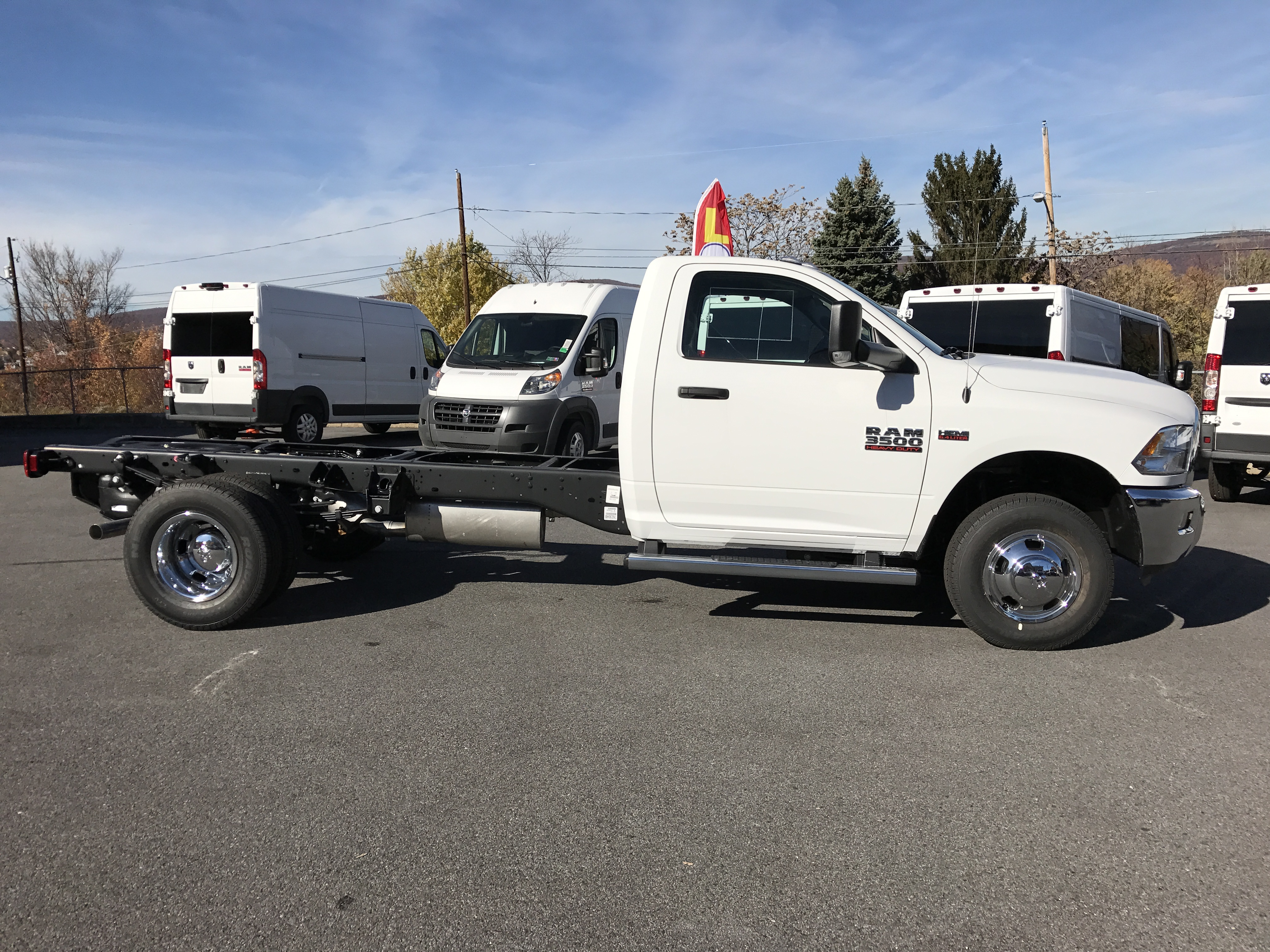 2017 Ram 3500 Regular Cab DRW 4x4, Cab Chassis #HG515177 - photo 3
