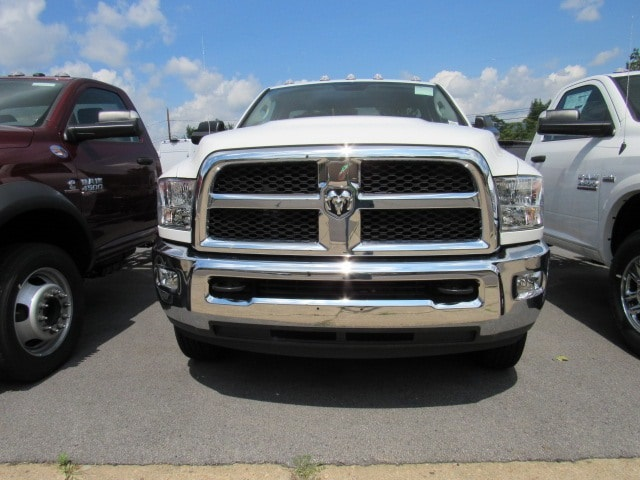 2017 Ram 3500 Regular Cab DRW 4x4,  Cab Chassis #HG515229 - photo 12